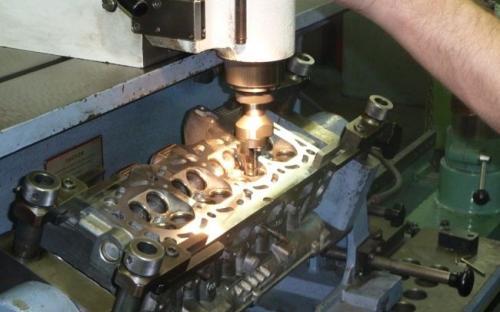 Obrada sjedišta glave motora